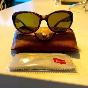 Jackie OHH ray-ban polarized sunglasses
